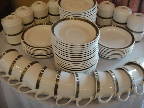Park Springs Breakfast: Coffee Cups and Saucers