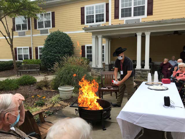 Fall-Harvest-Cookout