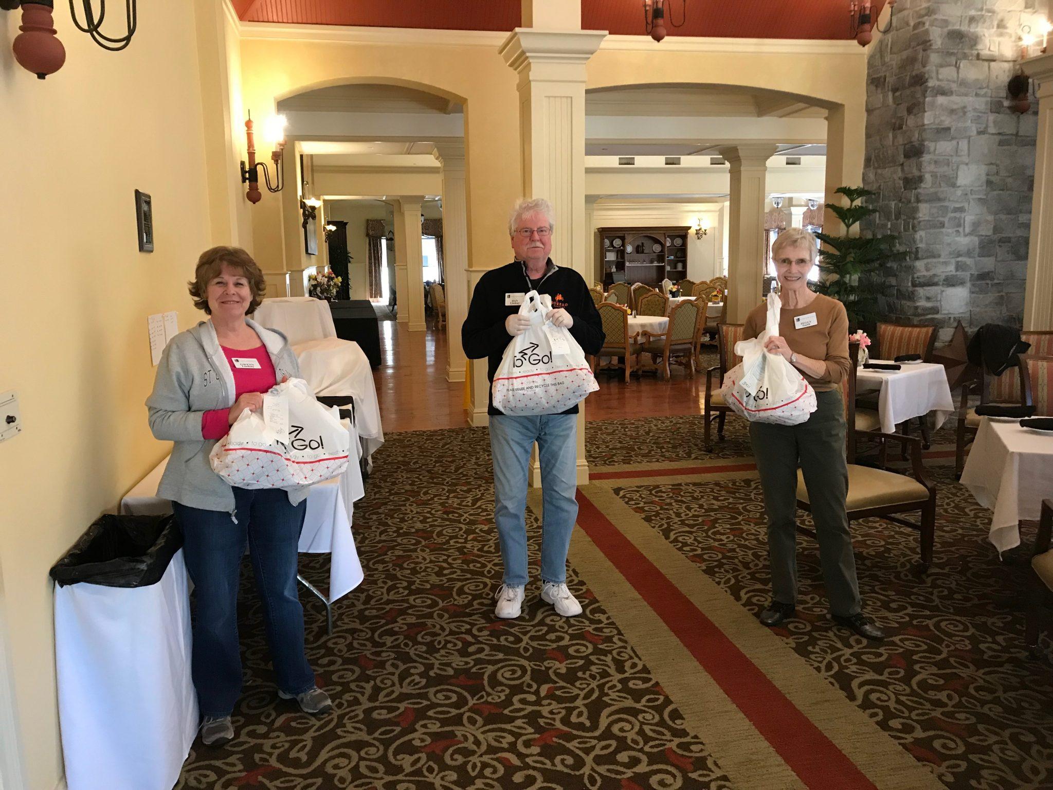 Park Springs Members Volunteer to Deliver Meals